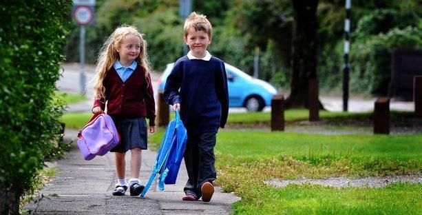 """Ce spun părinții: """"Cum a fost trecerea de la grădiniță la școală. Experiența noastră după 7 ani la IOANID"""""""
