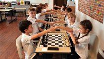 Care sunt beneficiile practicării șahului pentru copii? Cum se desfășoară clubul de șah IOANID?