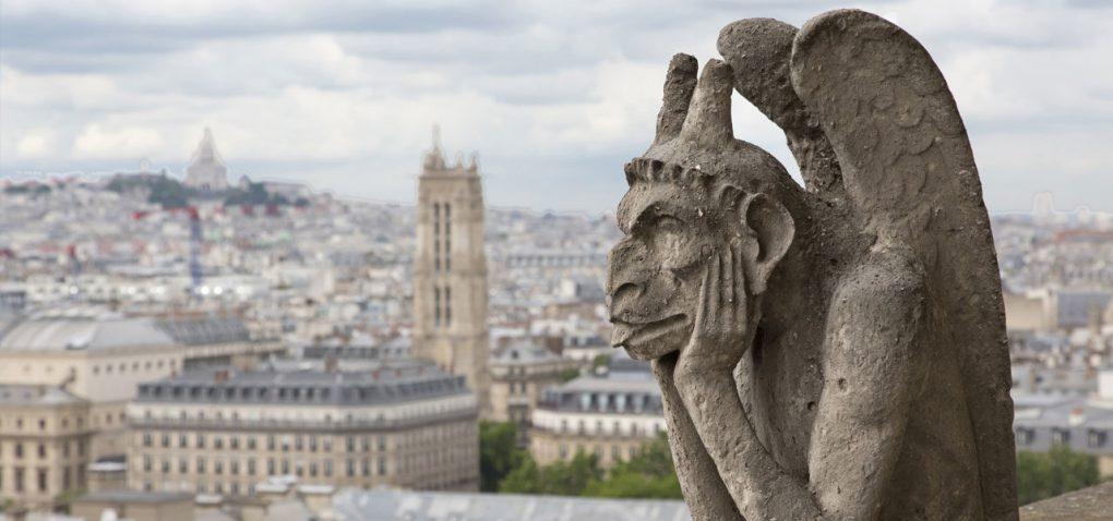 #PoveștiTerapeutice: Garguiul curios de pe catedrala Notre-Dame